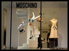2013年伦敦Moschino春季橱窗陈列