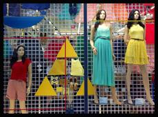 2013年日本American Apparel春季品牌橱窗展示
