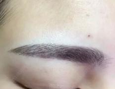 做了半永久眉毛眼线多久需要补色?