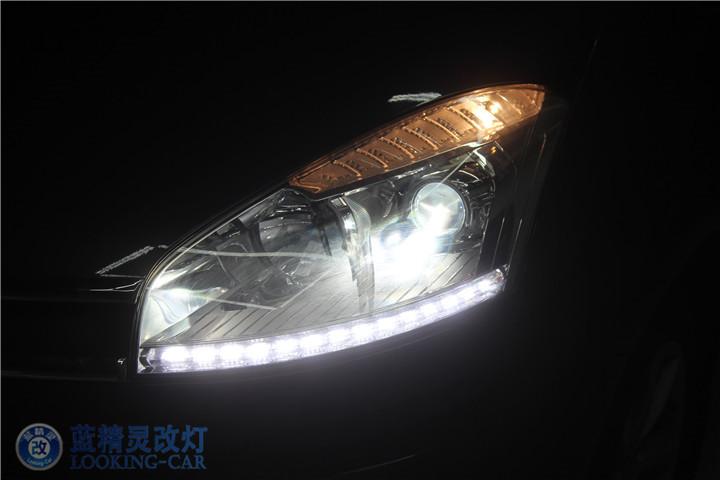 雪铁龙C4毕加索改装大灯