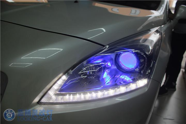 标致3008改装汽车大灯 LED车内氛围灯 上海改装氙气灯 蓝精灵改装车灯高清图片