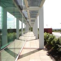 模具廠廠房玻璃
