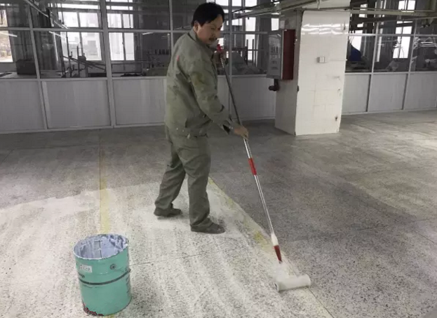 水性地坪漆施工方法