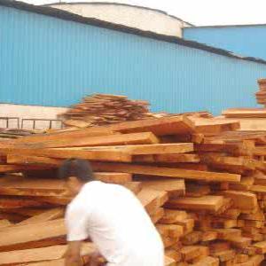 空调木托厂家浅谈产品木材的选择标准