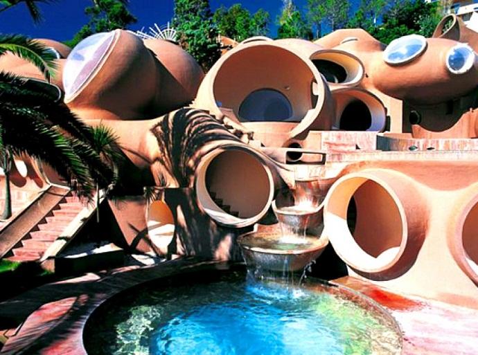 皮埃尔·卡丹的泡泡屋由Antti Lovag designrulz(2)