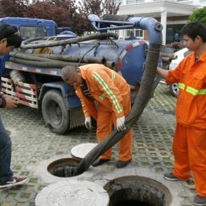 抽糞,清理化糞池