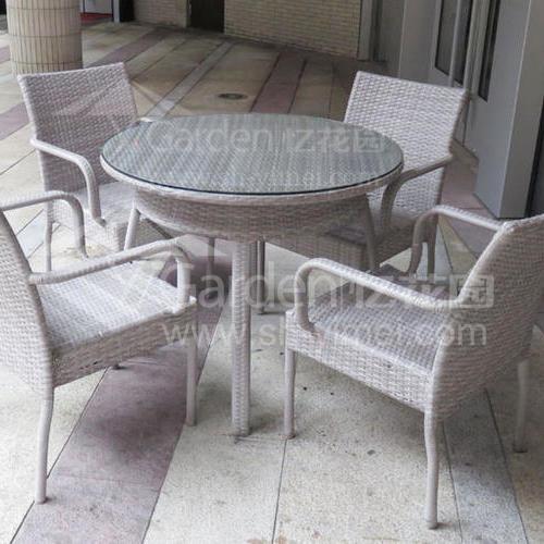 J01-084(1+4編藤桌椅)