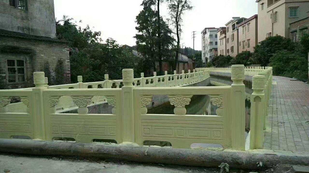 1.6米雕花河堤护栏11.jpg