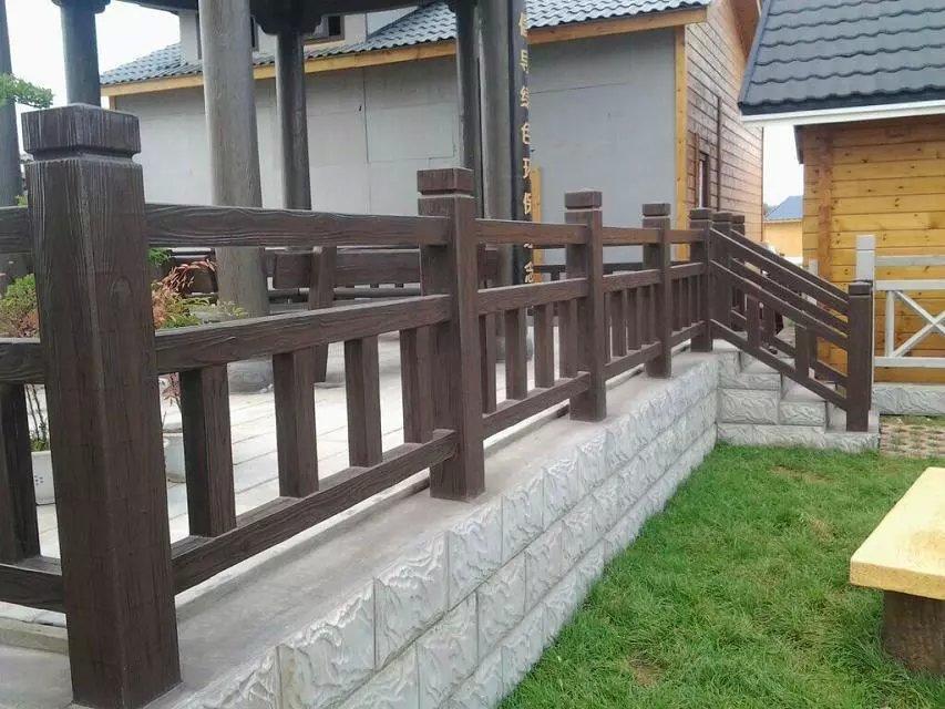 1.5米仿木护栏63.jpg