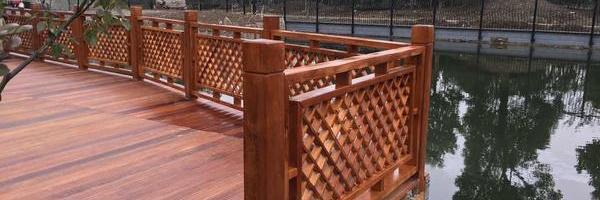 独立设计,确保每个客户都有满意的景观花园木工程