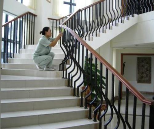 别墅保洁-是一家集家庭保洁及物业于一体的服务