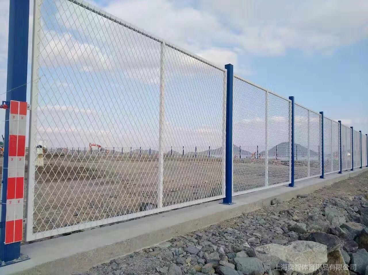 钢板网护栏.jpg