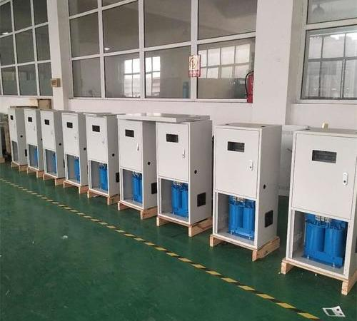 Medical isolated power system transformer