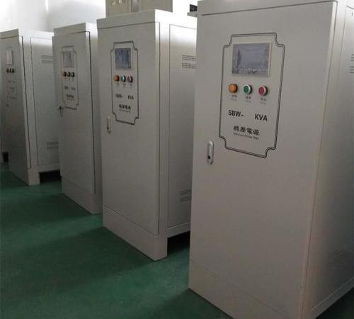 Three-phase compensation elevator dedicated voltage regulator