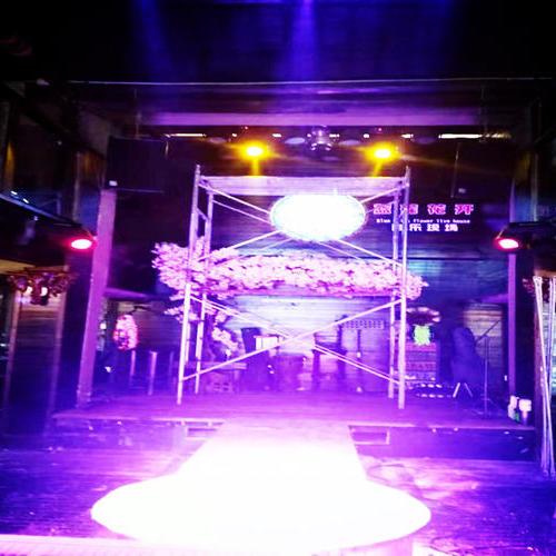 酒吧灯光音响工程,设备维修保养。