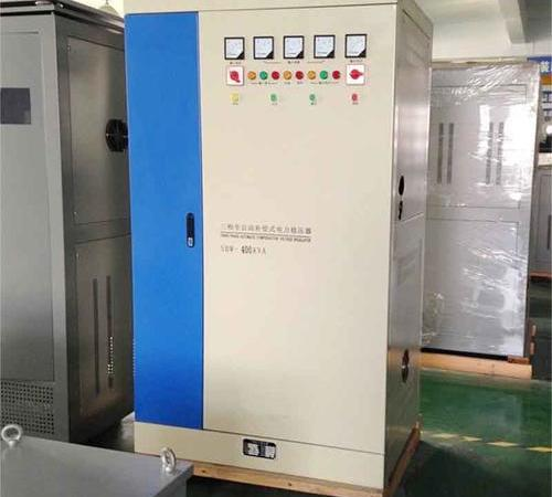 Three-phase fully automatic compensation power regulator