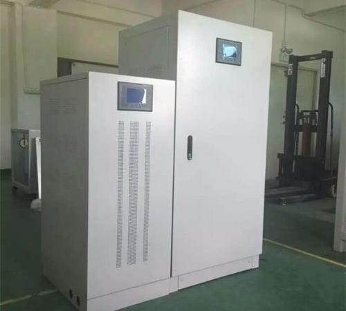 Three phase contactless voltage regulator for textile equipment