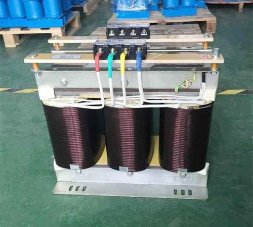 Three phase step up transformer