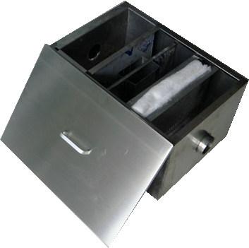 不锈钢油水分离器.jpg