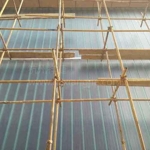 青岛董家湾航运大楼U型玻璃工程