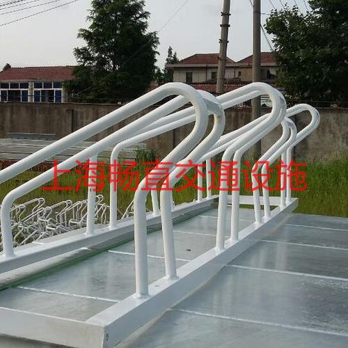 高低型自行车停车架 镀锌管自行车停放架 上海安装自行车摆放架