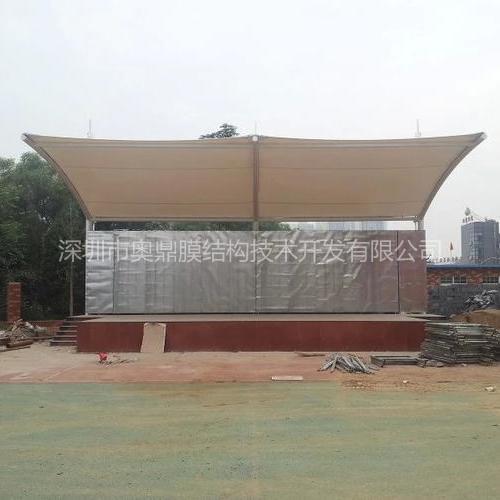 龙岗盛平小学体育场馆膜结构已经完成—深圳市奥鼎膜结构技术开发有限公司