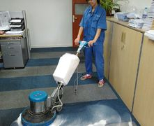 上海专业的地毯清洗专家  浦东地毯清洗公司