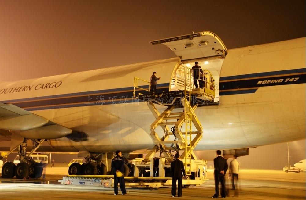 货运飞机7.jpg