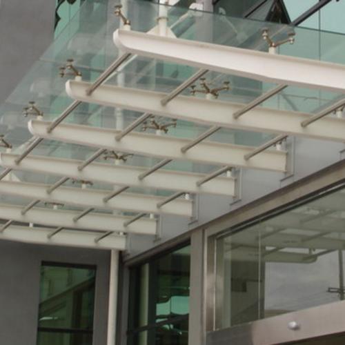 贝博玻璃雨棚
