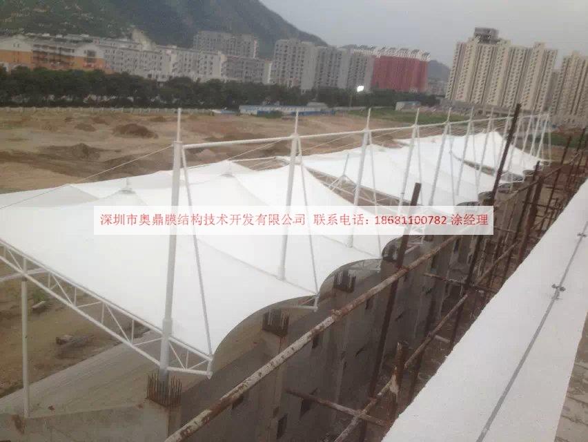 2014年6月唐山大学体育看台122.jpg