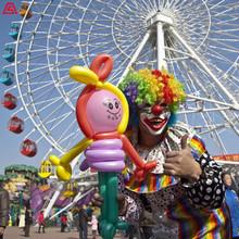 形式多樣的小丑表演-全能小丑