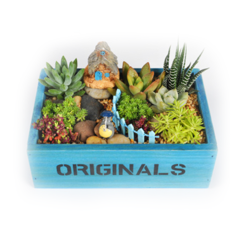 童年记忆(长方形蓝色木盒)