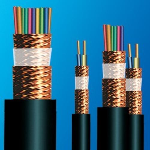 電子計算機電纜