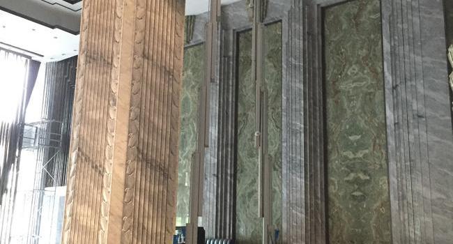 上海外滩某酒店-双桅柱高空作业平台