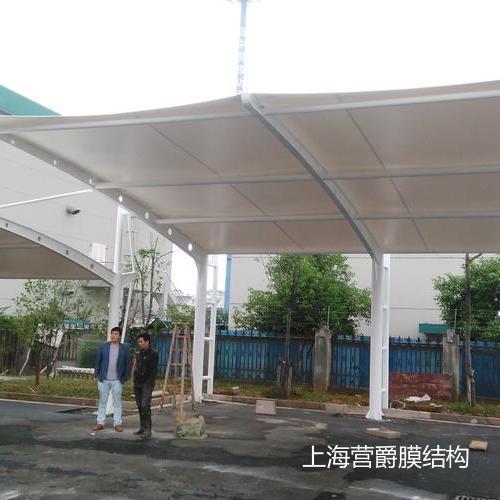 浙江绍兴膜结构汽车停车棚 大巴停车棚
