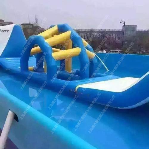 卡通水上游乐浮具