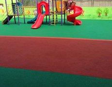 浦东川沙幼儿园塑胶地坪