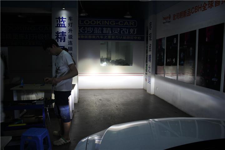 长沙思铂睿大灯改装10.jpg