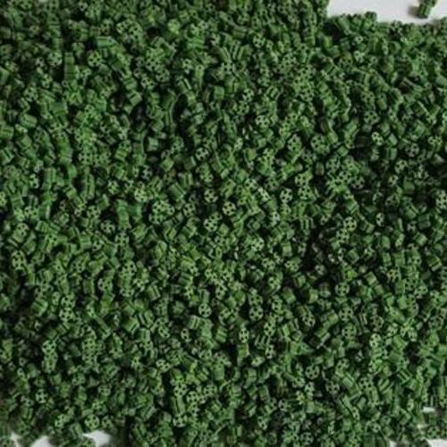 人造草绿色颗粒