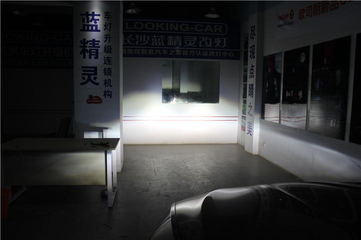 长沙宝马5系改灯10.jpg
