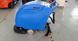 东北某化工企业-手推式电动洗地机