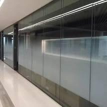 灰色高档玻璃案例