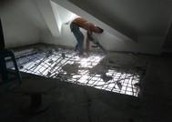 上海源城锦翠苑开楼梯洞混凝土切割