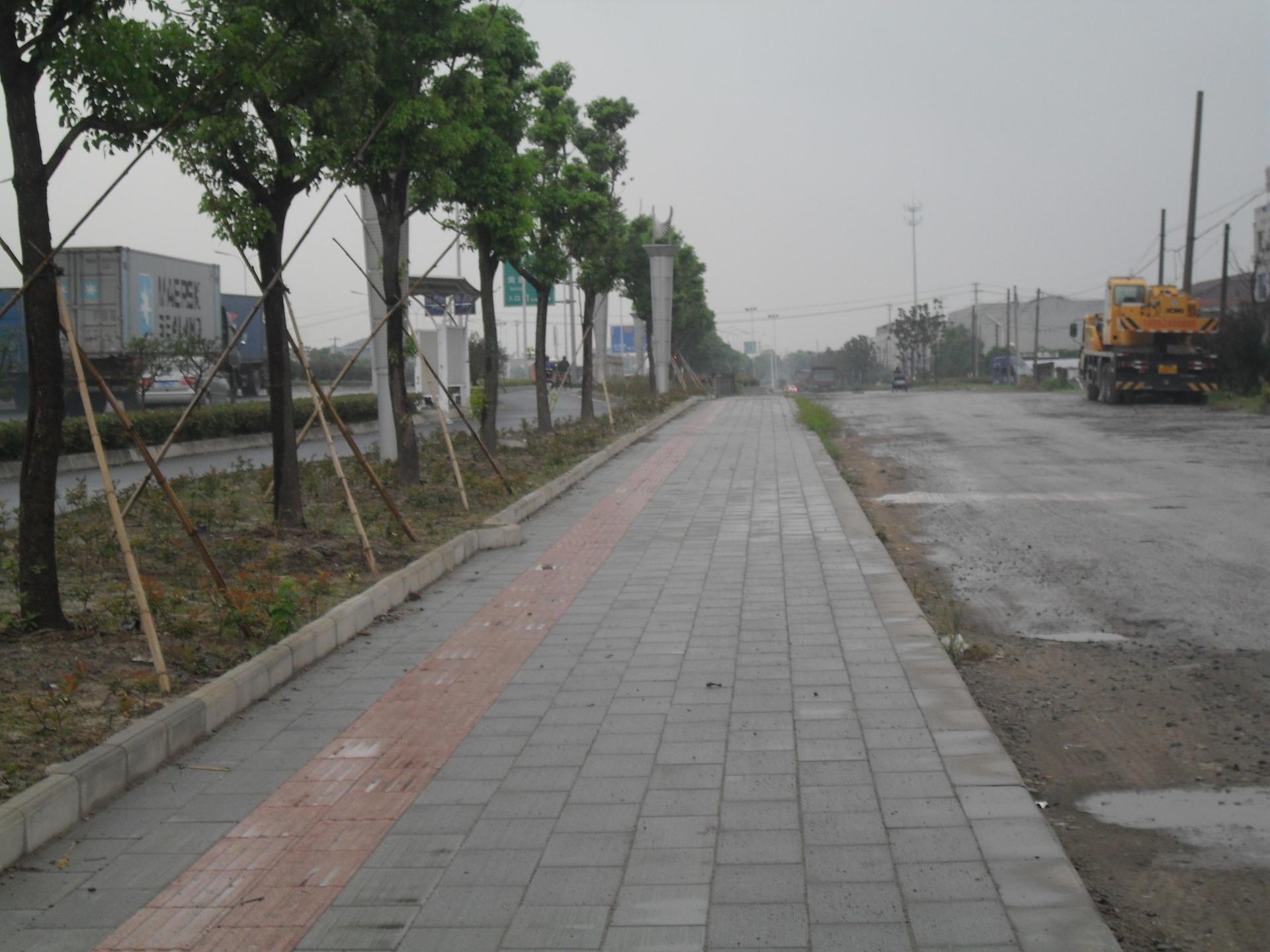 苏州中路04.JPG