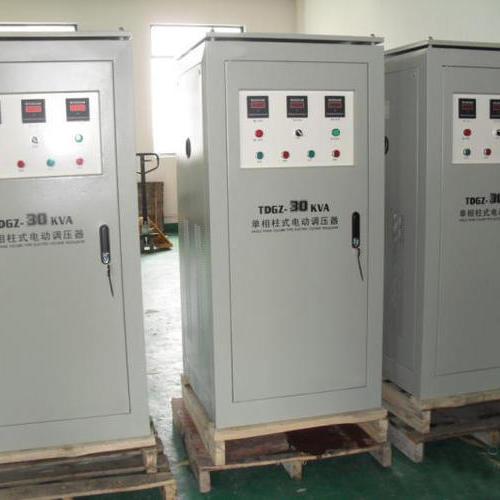 单相率柱式电动调压器