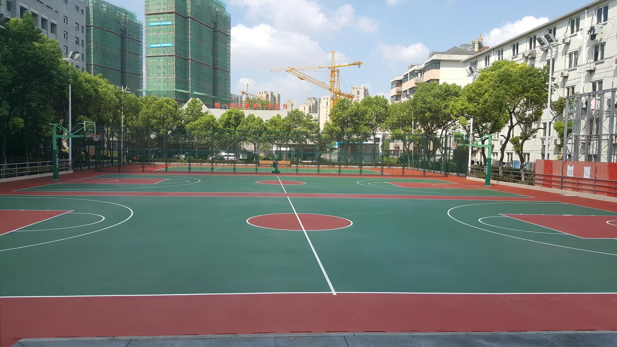 平型关路篮球场