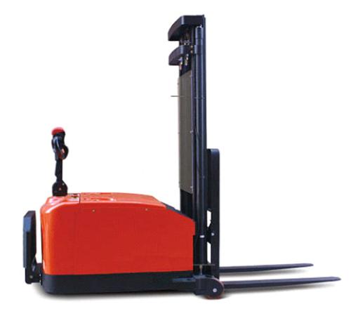 RS4011 平衡重式电动堆高车(一)