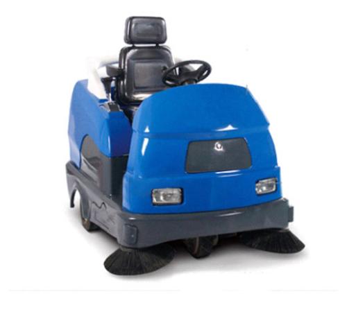 RS7017 电动座驾式扫地机
