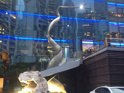 上海外滩游艇会不锈钢雕塑