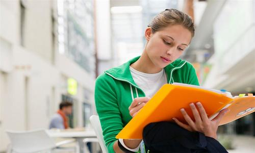 上海补习班 高考补课 高三学子如何正确自我定位